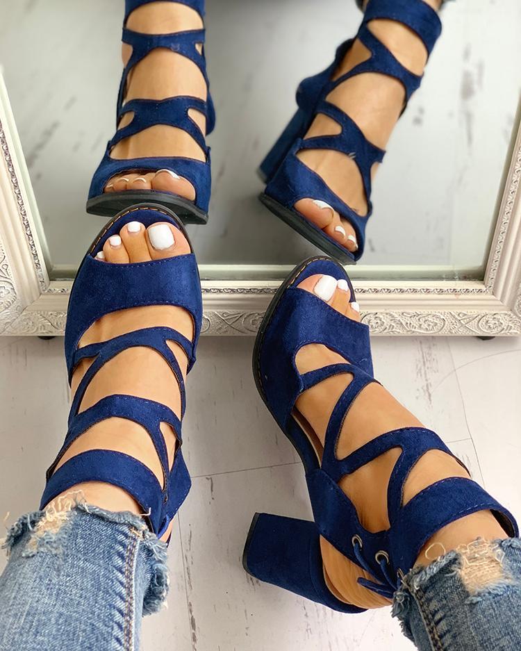 Peep Toe Crisscross Chunky Heeled Sandals фото