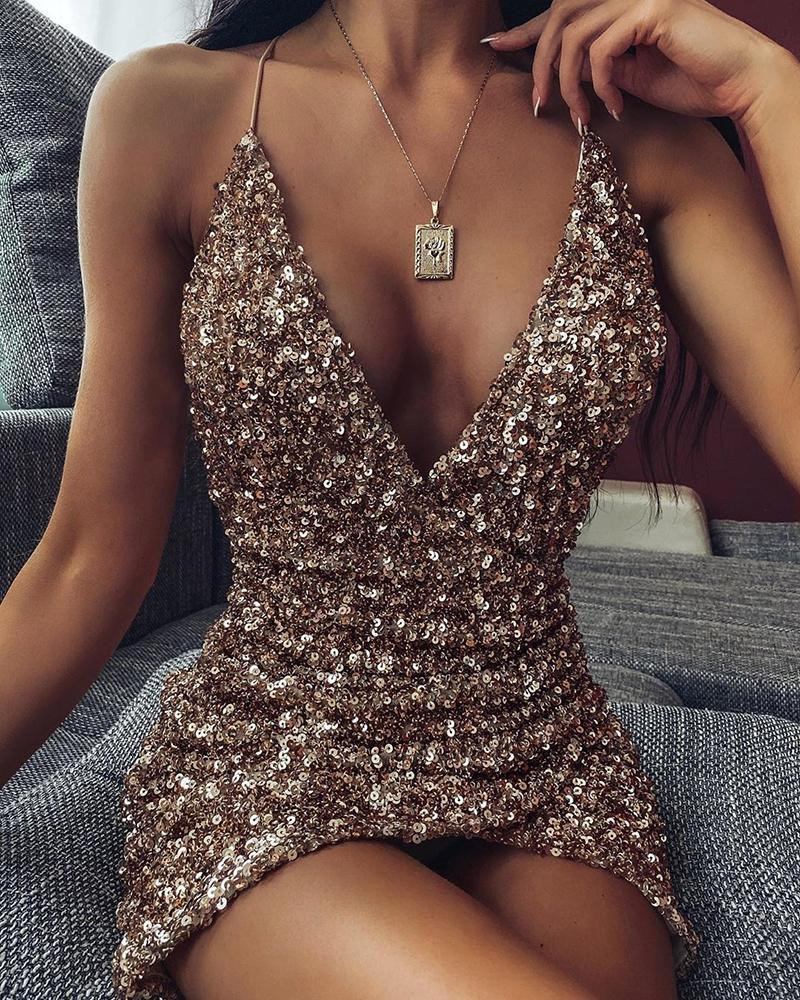 joyshoetique / Spaghetti strap Plunge Sequins Dress
