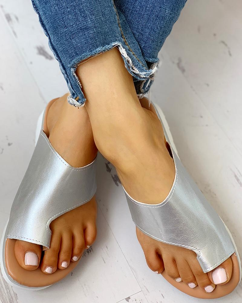 Toe Ring Cut Out Design Sandals фото