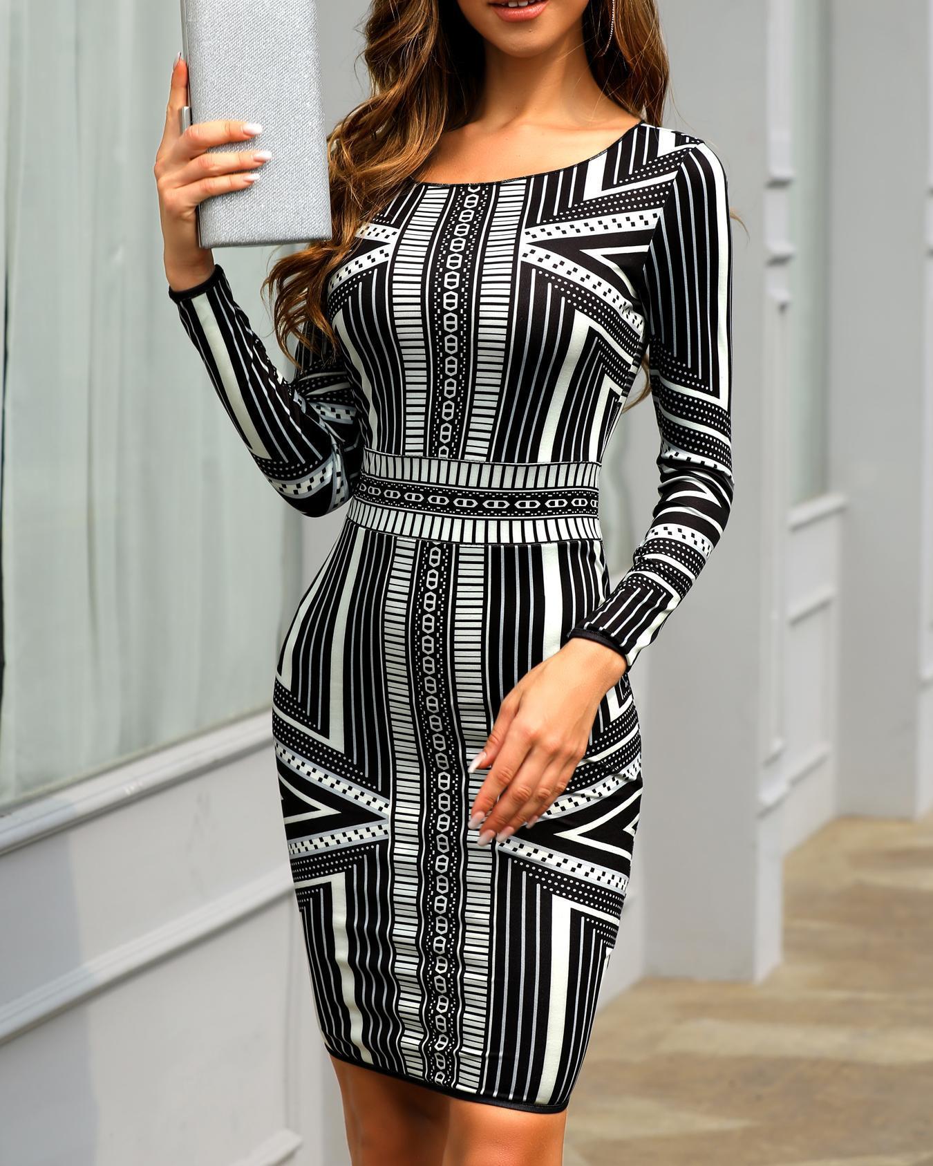 joyshoetique / Long Sleeve Print Bodycon Dress