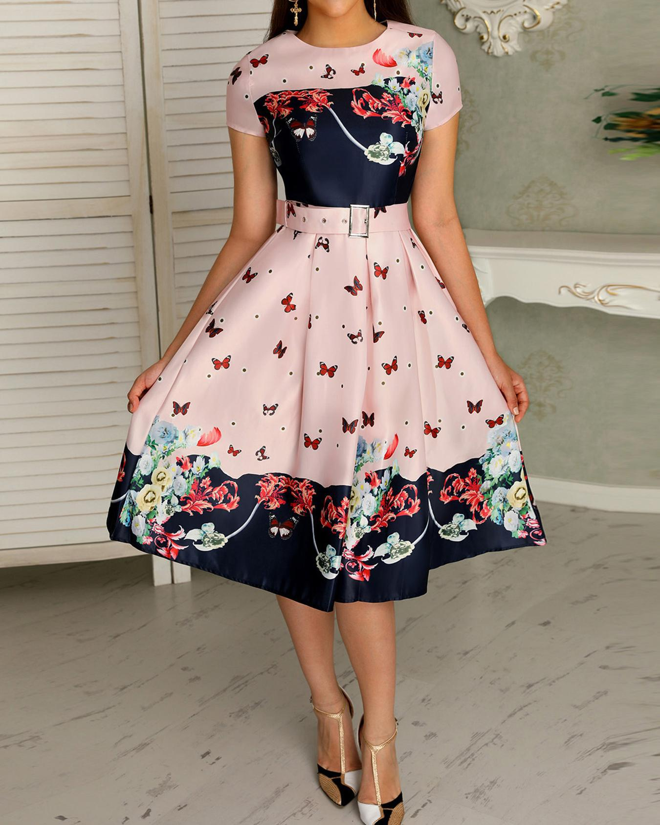 Butterfly Print Short Sleeve Belted Pleated Dress фото
