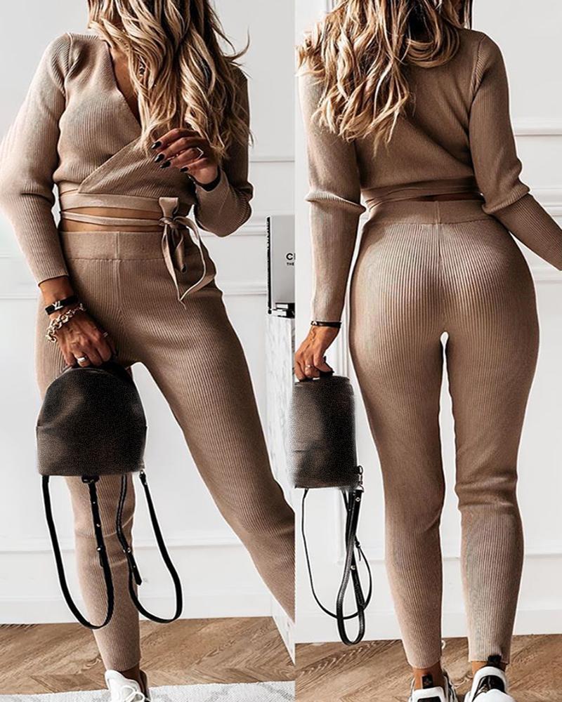 boutiquefeel / Conjunto de calça de cintura alta e top cortada com detalhes sólidos amarrados