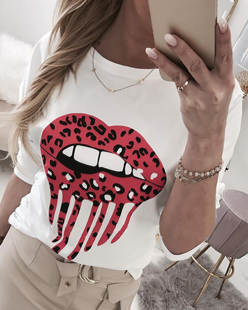 boutiquefeel / Blusa con cuello redondo y estampado de labios