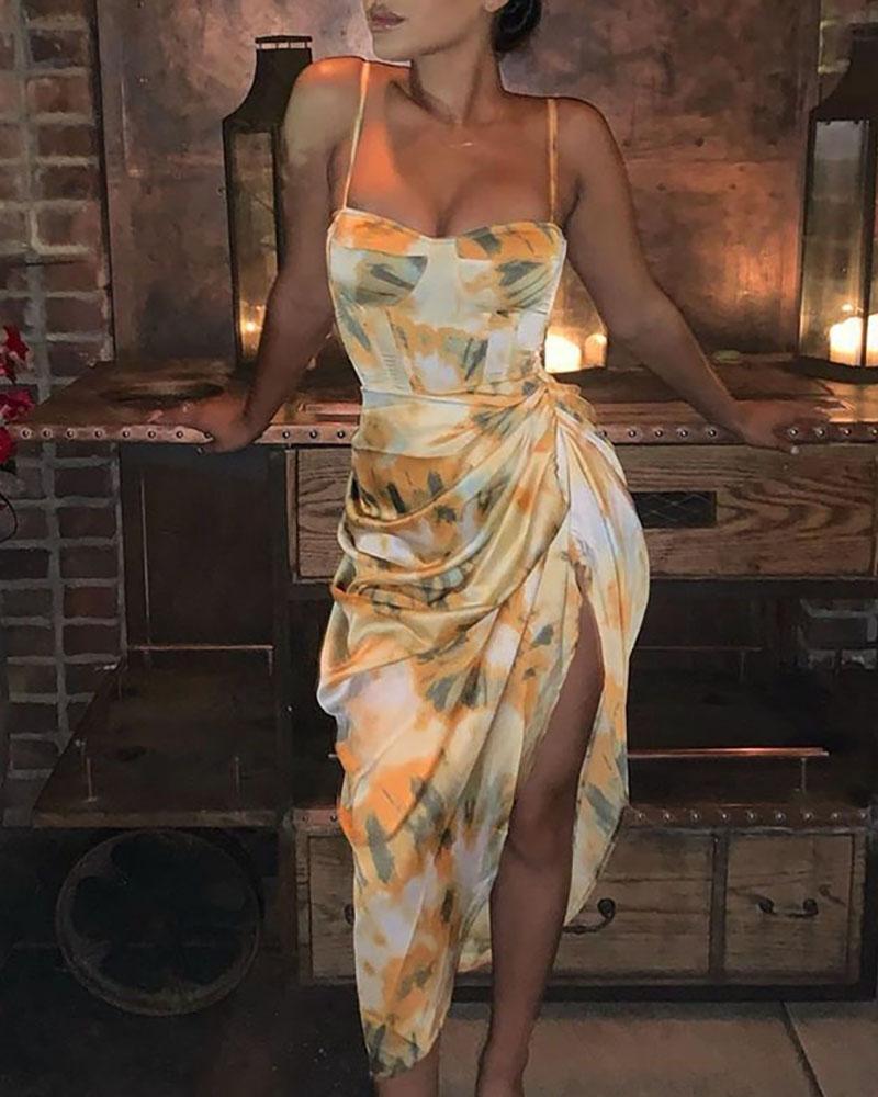 boutiquefeel / Correia de espaguete de impressão abstrata com fenda alta Ruched Dressc