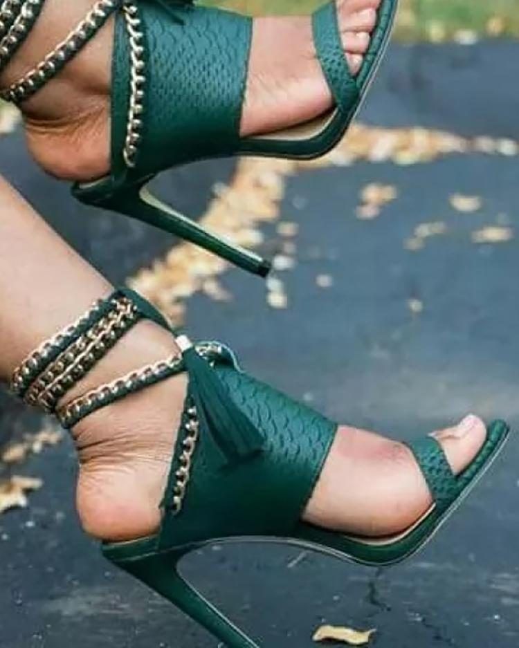 Купить со скидкой Chain Bandage Double Tassel Stiletto Sandals