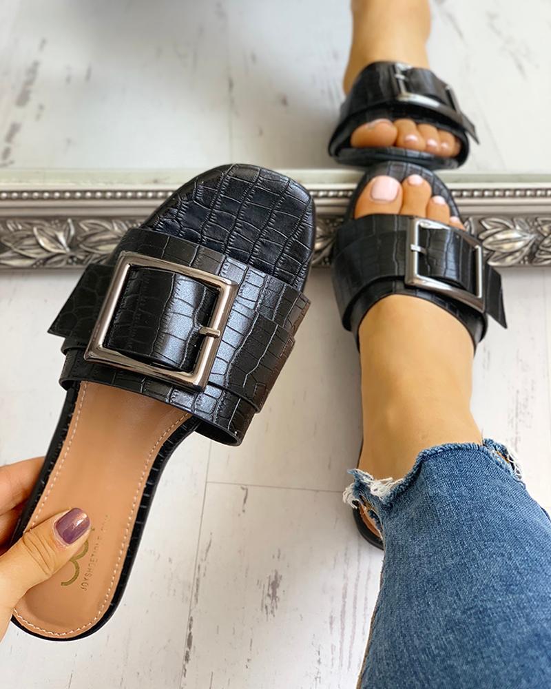 Open Toe Buckled Flat Sandals