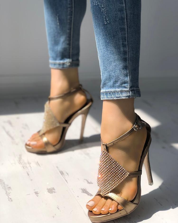 boutiquefeel / Brillante sandalias de tacón de aguja con punta abierta