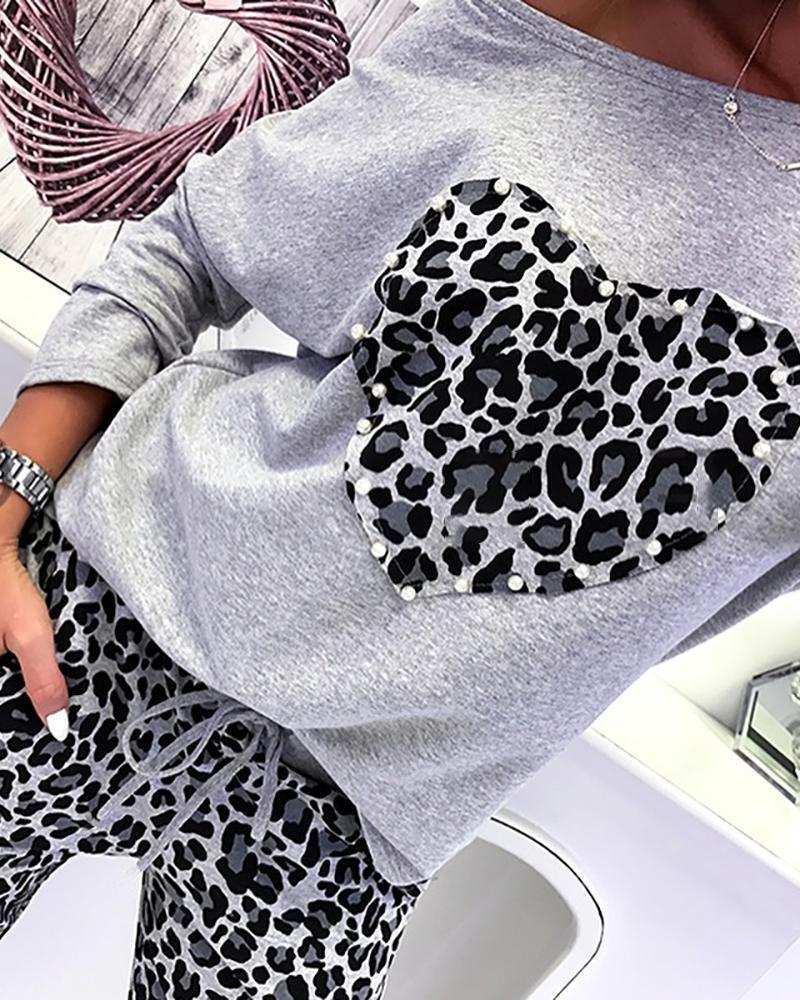 chicme / Conjunto de top e calça frisada com estampa de leopardo e coração estampado
