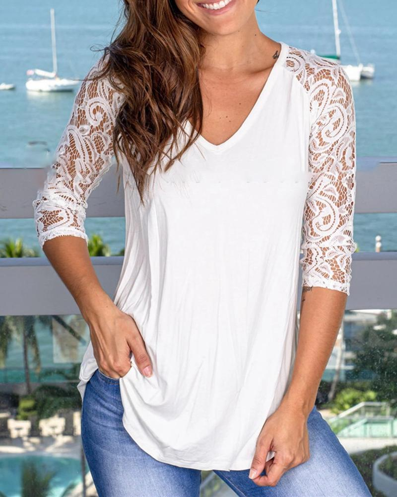 Lace Insert V-neck Half Sleeve T-shirt фото