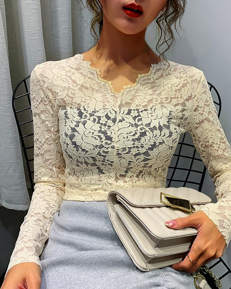 V-Neck Flower Lace Pattern Blouse фото