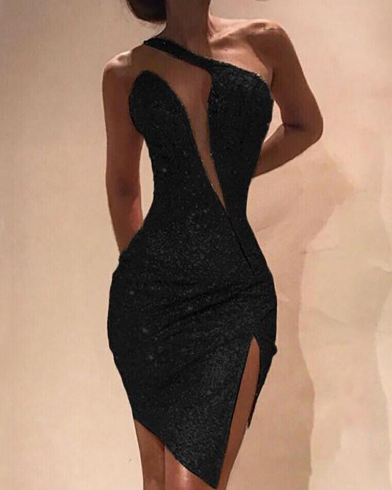 boutiquefeel / Vestido ajustado de lentejuelas con aberturas en un hombro
