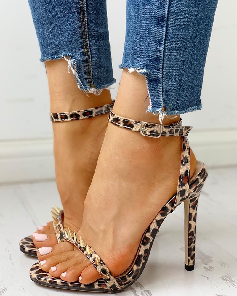 joyshoetique / Rivet Leopard Thin Heeled Sandals