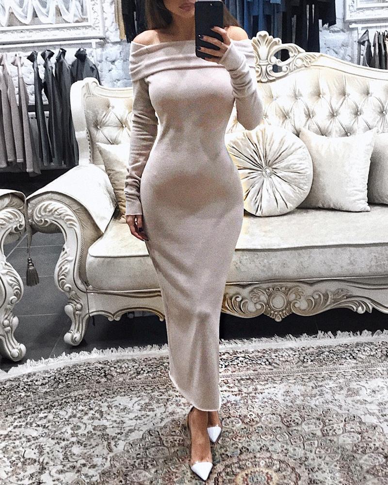 ivrose / Vestido ajustado de manga larga con pliegues y hombros descubiertos