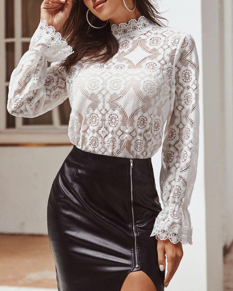 boutiquefeel / Mock Neck Bell Cuff Semi-Sheer Lace Blusa