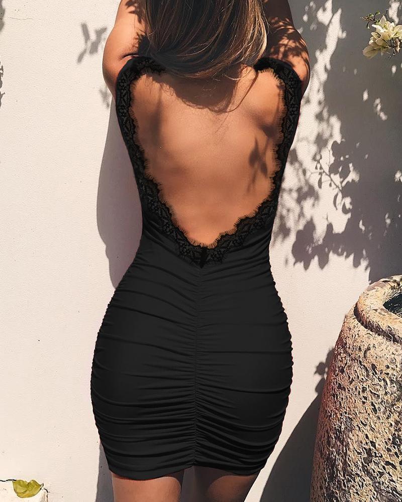 ivrose / Vestido acanalado de encaje con pestañas y espalda abierta