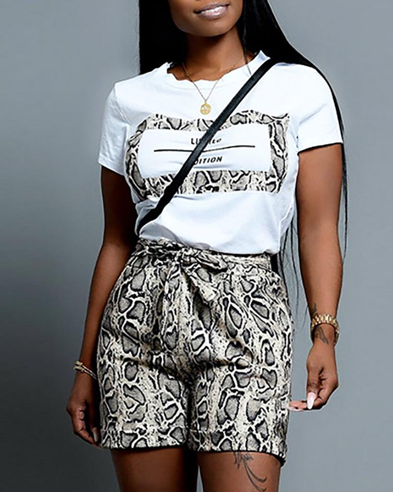 Letter Short Sleeve Tee With Snakeskin Shorts Sets фото