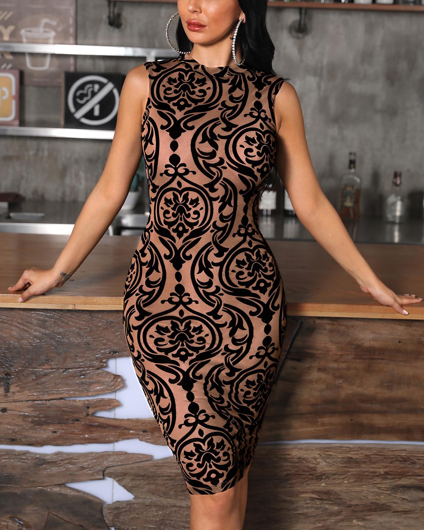 Baroque Print Sleeveless Bodycon Dress фото