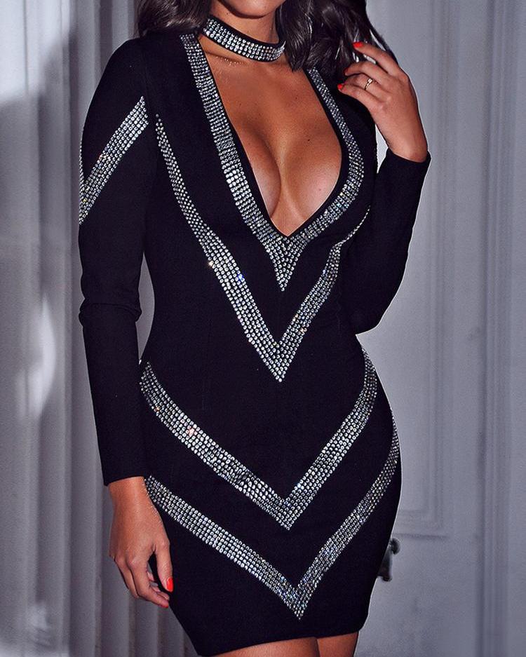 chicme / Deep V-Neck Gem-Studded Bodycon Dress