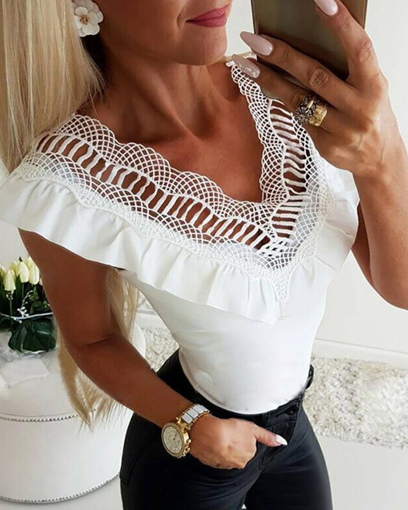 Hollow Out Lace V Neck White Top фото