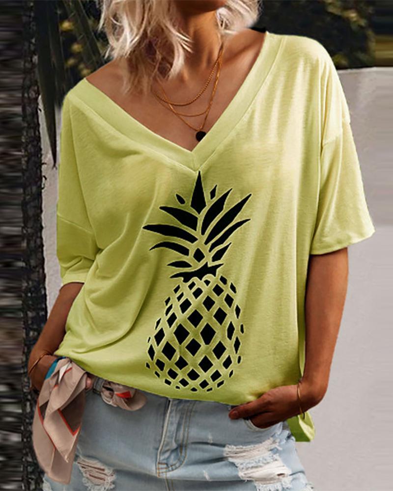 V Neck Pineapple Print Casual T-shirt фото