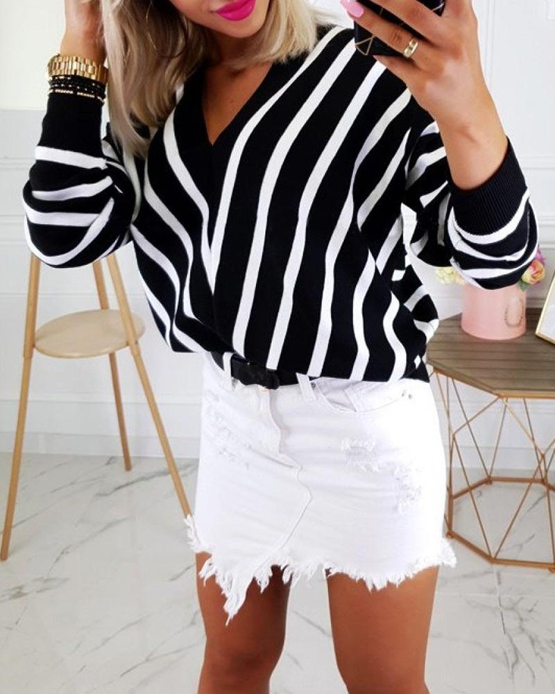 chicme / V Neck Long Sleeve Striped Casual Sweater