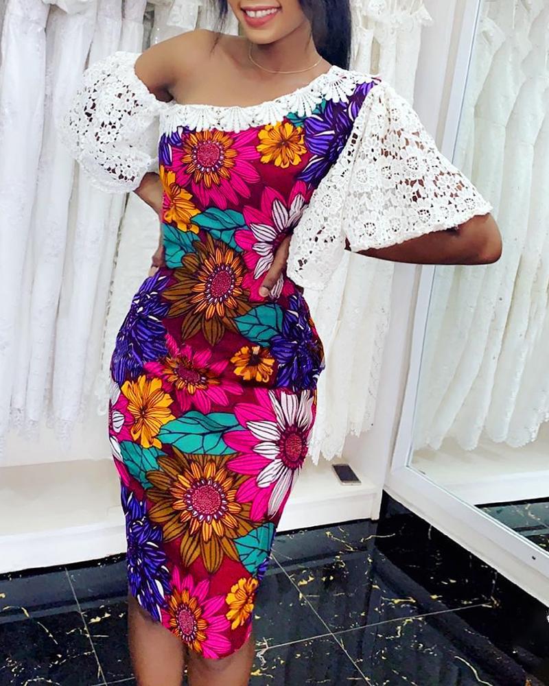 ivrose / Vestido ajustado de encaje de ganchillo con estampado floral