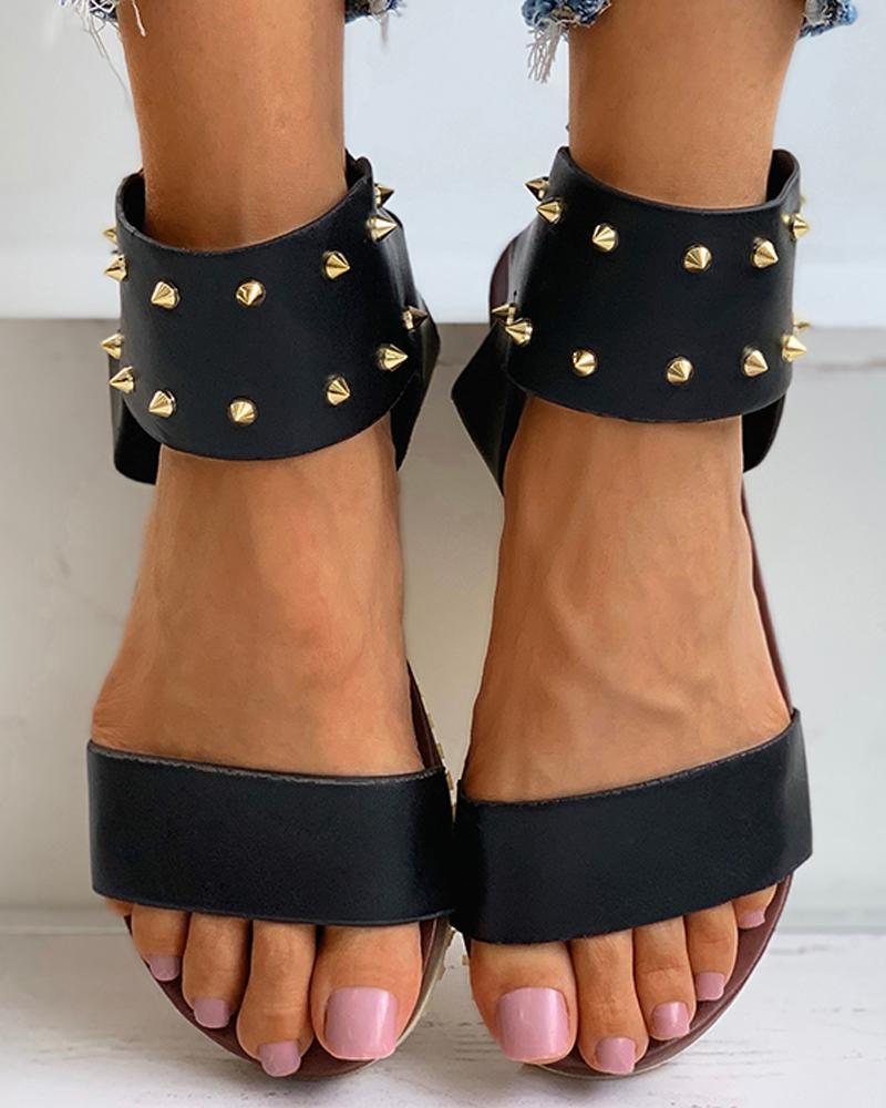 joyshoetique / Rivet Eyelet Buckled Casual Flat Sandals
