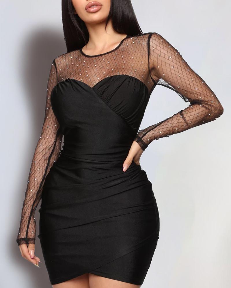 ivrose / Vestido ajustado con pliegues y malla con cuentas