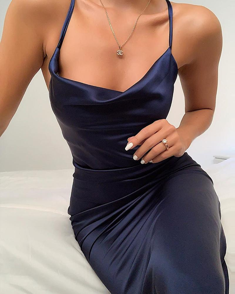 ivrose / Mini vestido de cetim com decote redondo