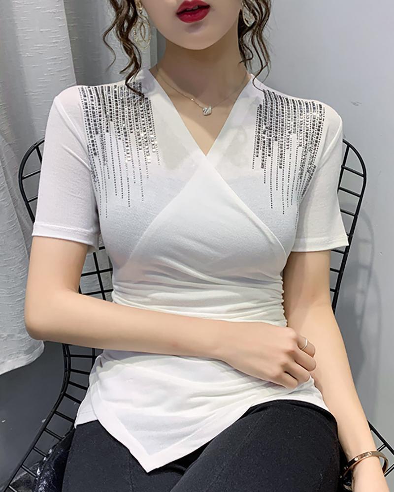 V-neck Studded Short Sleeve Blouse фото
