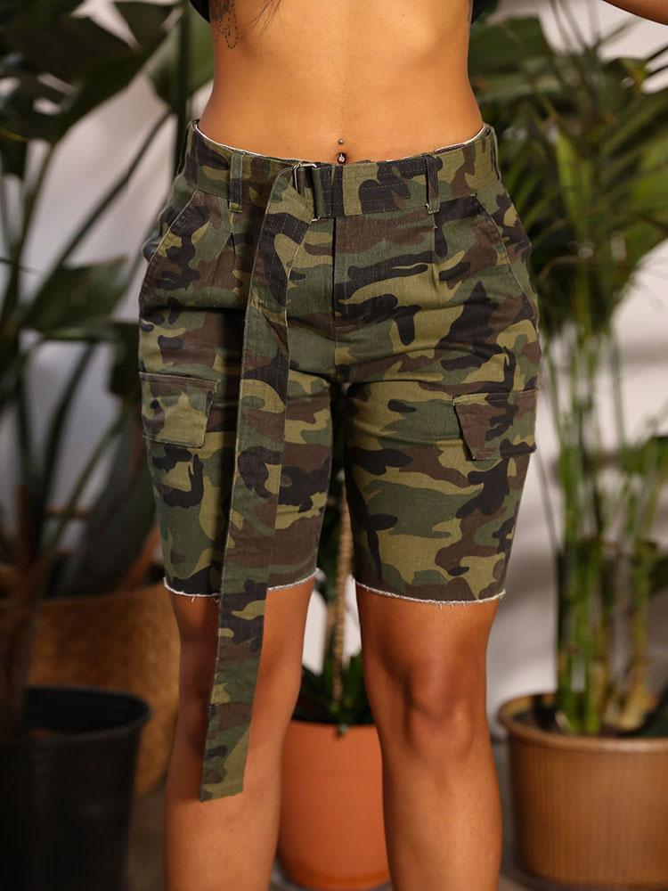 Oversize Camouflage Print Shorts With Belt, Army green