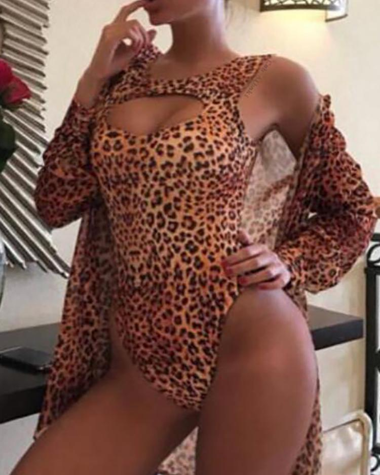 Leopard Print Cut Out One-Piece Swimsuit фото