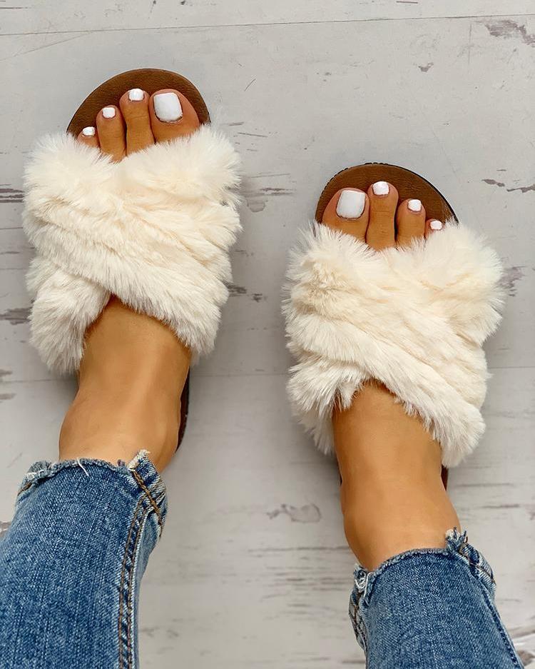 Fluffy Design Crisscross Detail Flat Shoes фото