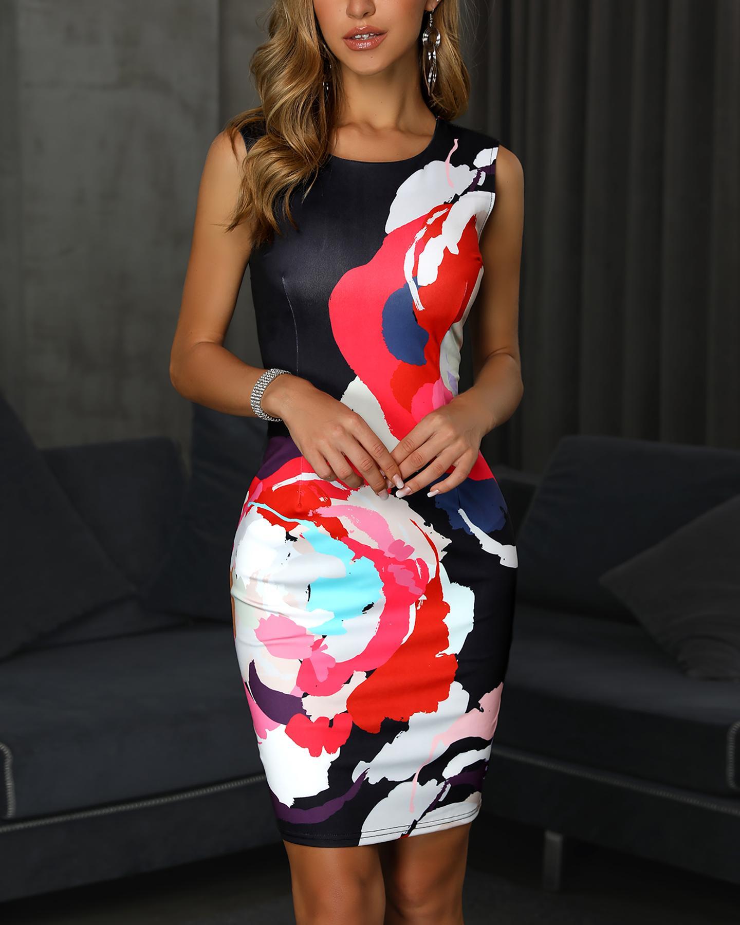 ivrose / Vestido ajustado con escote en la espalda y estampado floral sin mangas