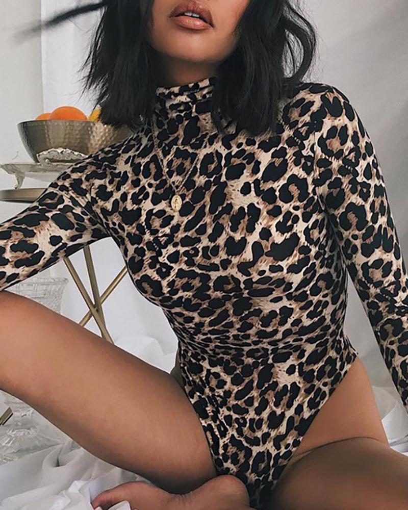 Leopard Print Long Sleeve Bodysuit фото