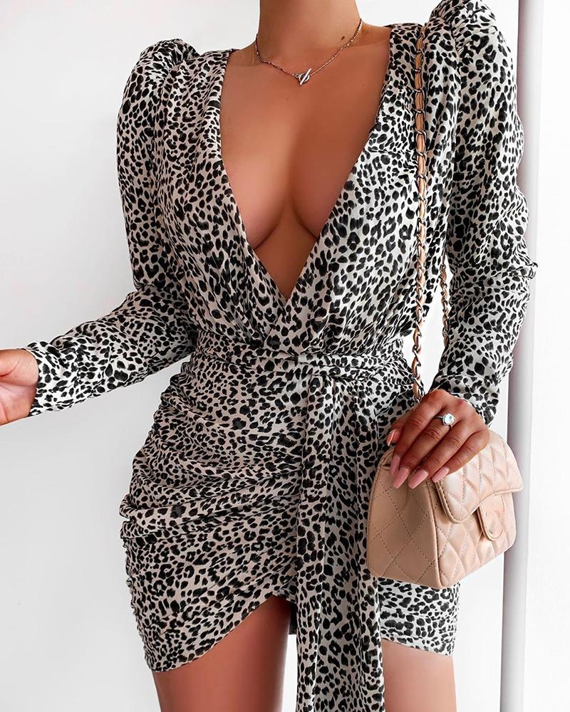chicme / Leopard Puff Sleeve Tied Waist Ruched Dress