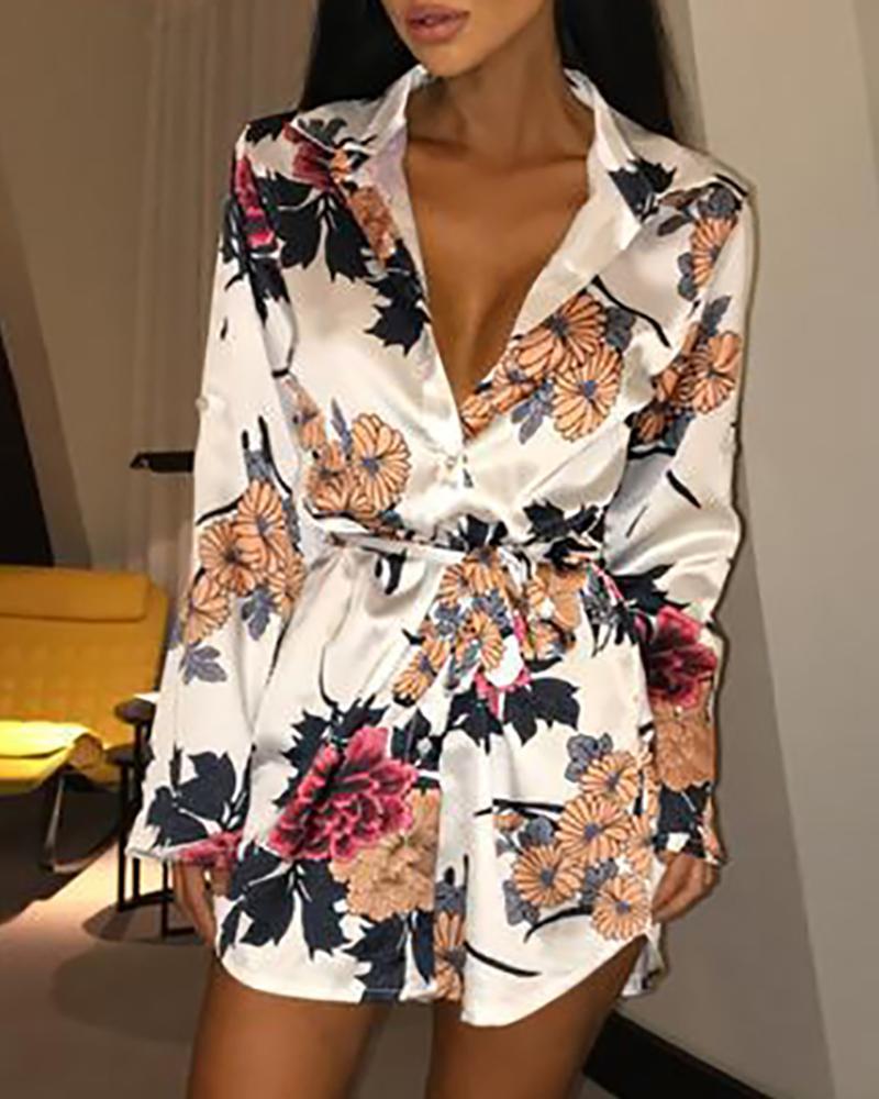 chicme / Vestido amarrado com estampa floral