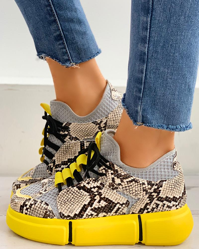 ivrose / Lace-Up Snakeskin Print Muffin Casual Sneakers