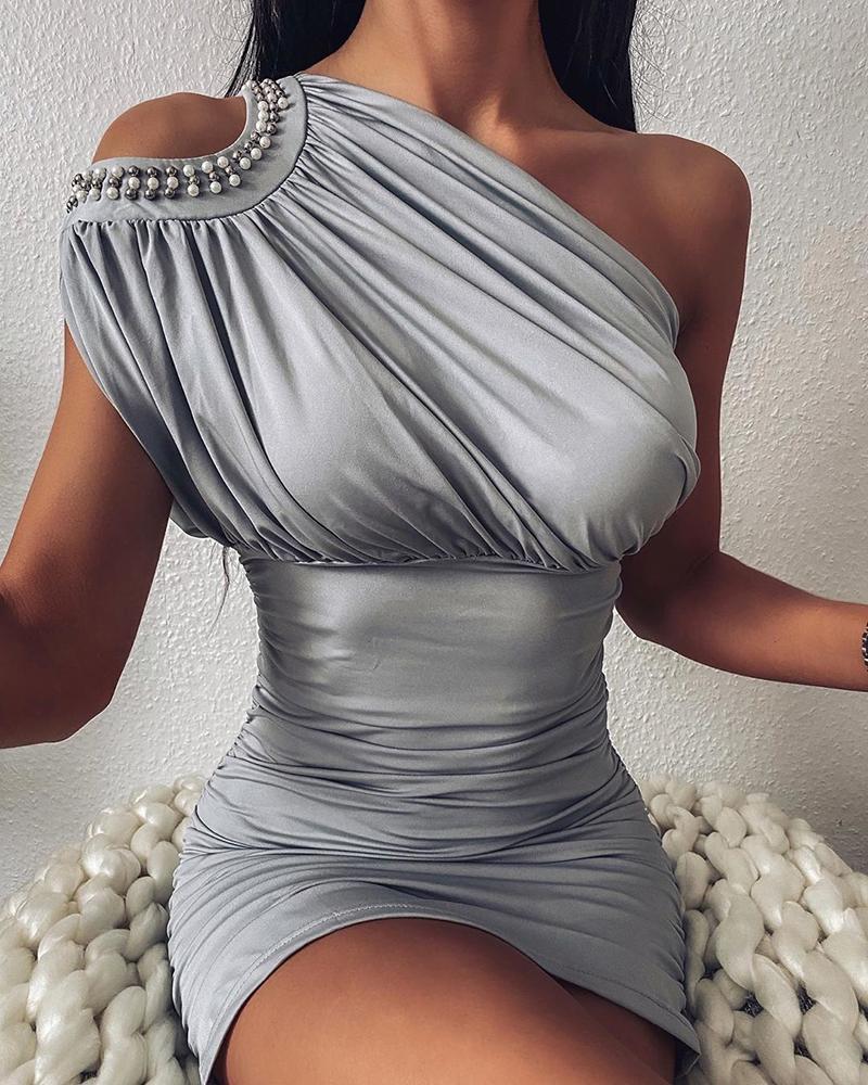 ivrose / Vestido ajustado fruncido con hombros fríos