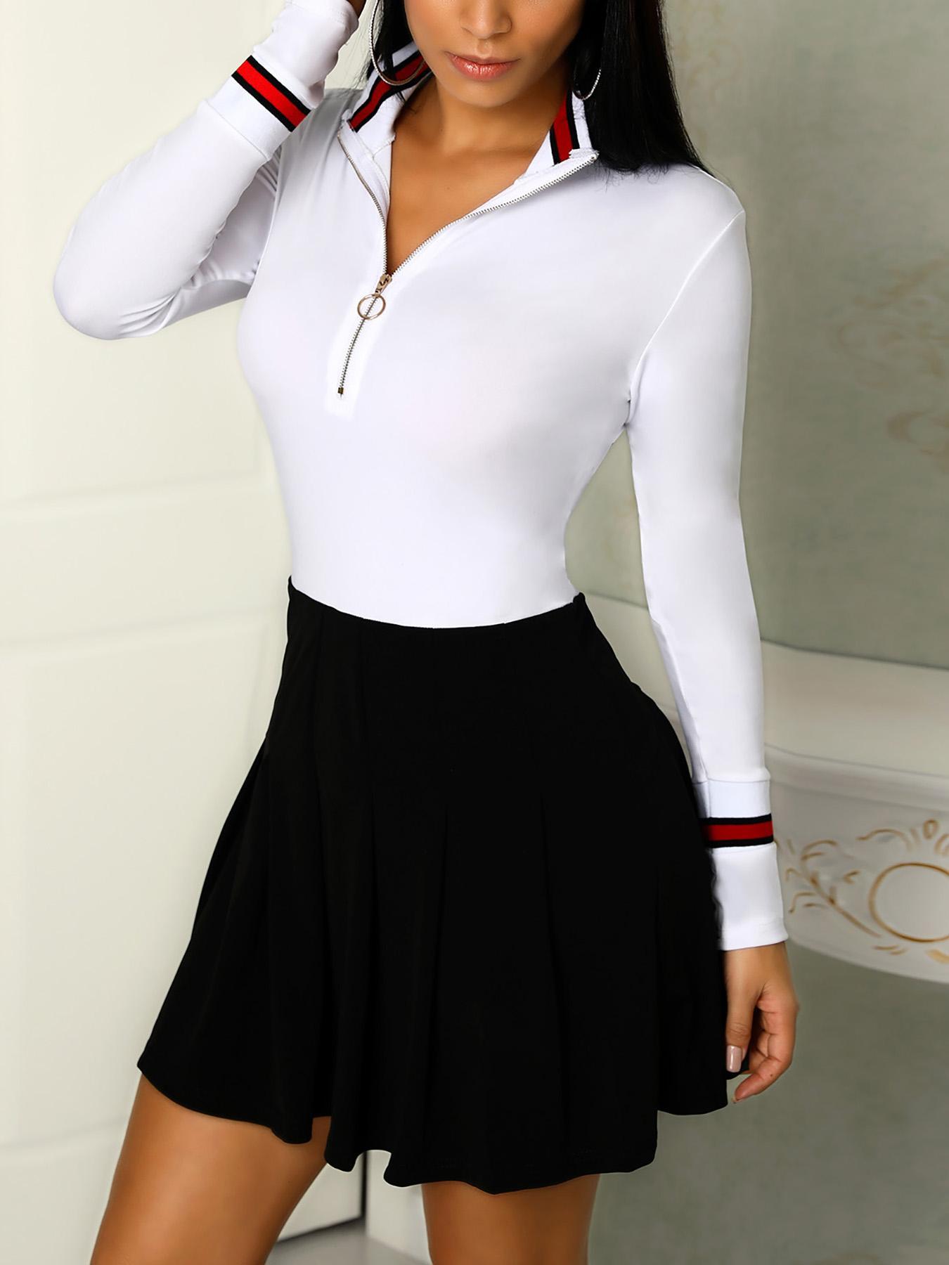 boutiquefeel / Vestido plisado con cinta a rayas de color contrastado en contraste