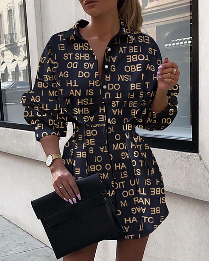 chicme / Vestido camisero con diseño de botones fruncidos y estampado de letras