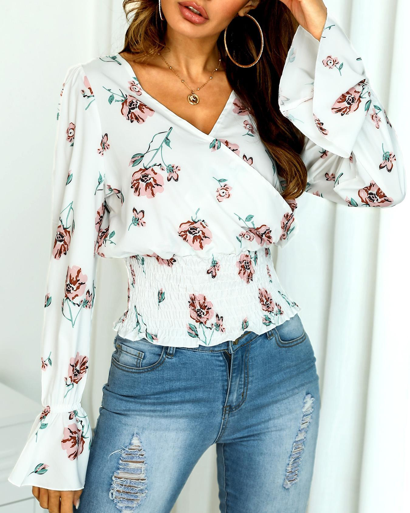 Floral Flared Sleeve Shirring Wrap Blouse фото