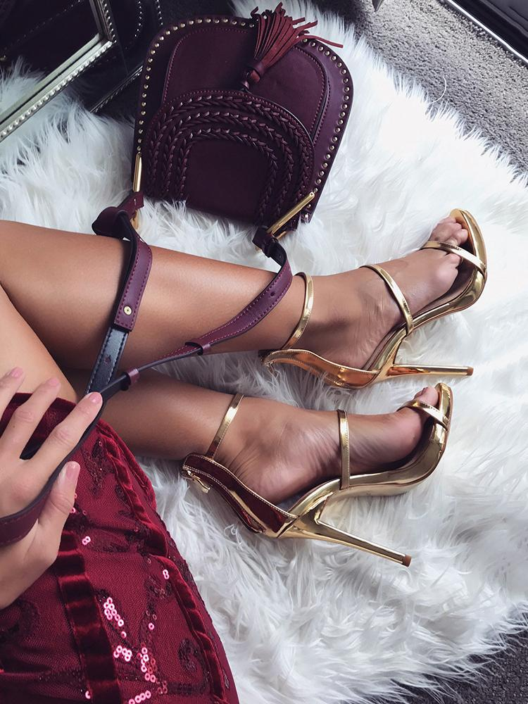 Back Zipper Strappy High Heels Sandals - Gold