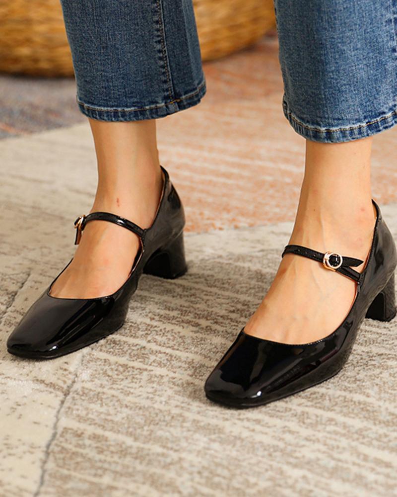 joyshoetique / Square Toe Heeled Mary Janes