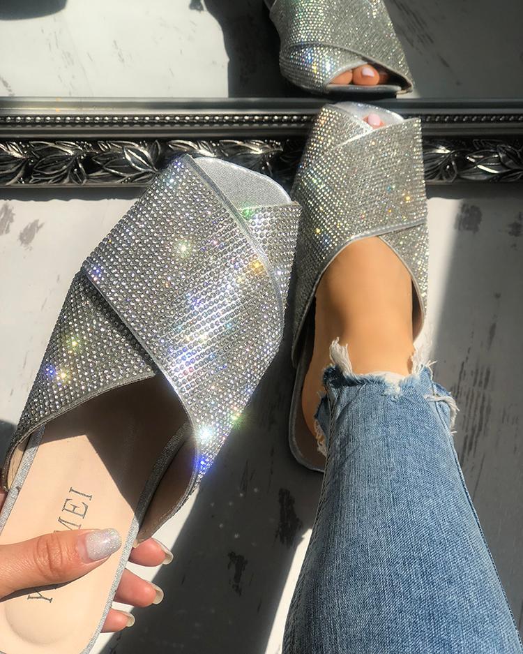 boutiquefeel / Lantejoulas Brilhantes Embelezadas Sandálias Cruzadas