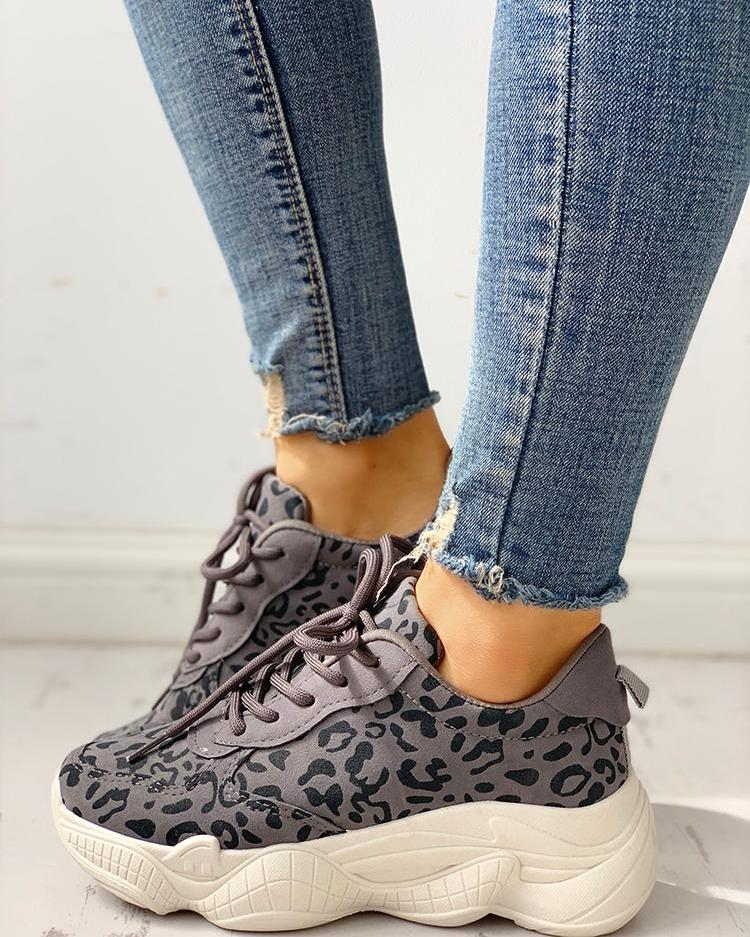 Leopard Insert Lace-Up Casual Sneakers