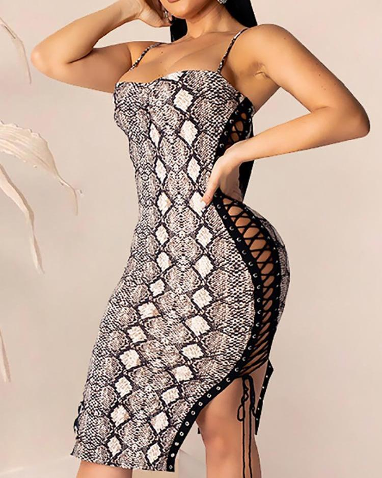 Eyelet Lace-Up Snakeskin Bodycon Dress фото