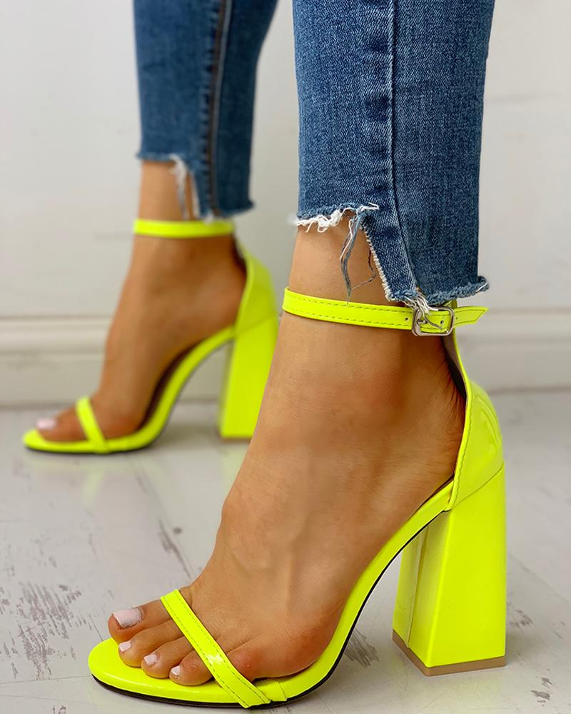 Ankle Strap Buckled Chunky Heeled Sandals фото