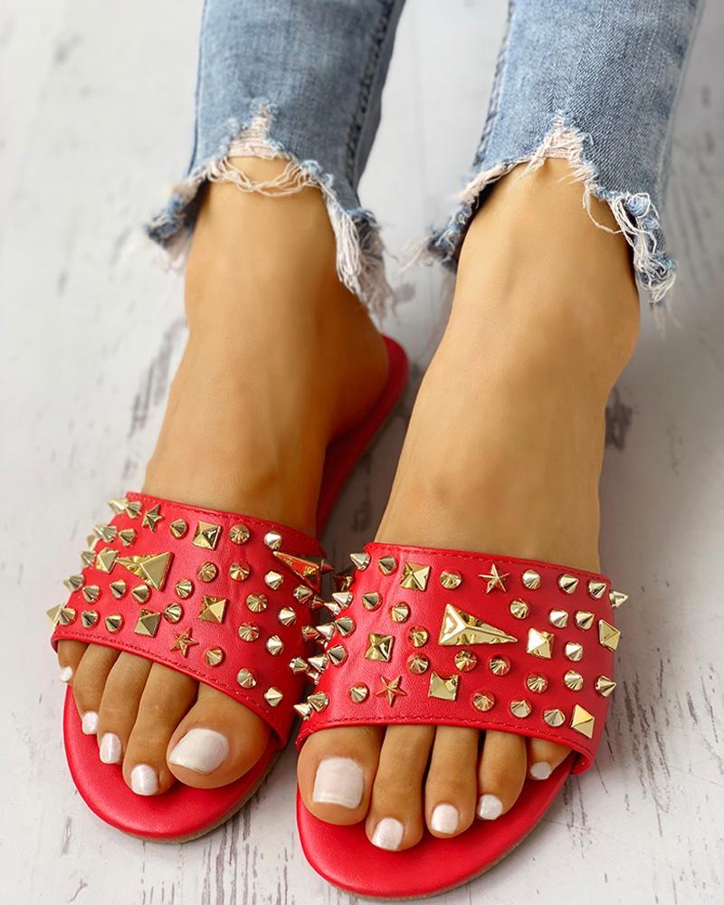 Rivet Design Casual Flat Sandals