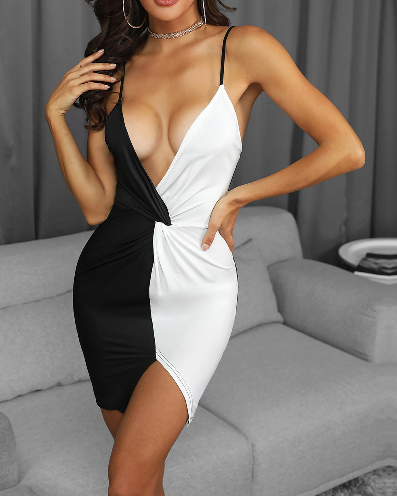 chicme / Two Tone Twist Front Bodycon Dress